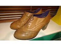 Clarks Womens Real Leather Brogues shoes size 6
