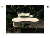 Dressing table French Louis XVI style
