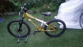 "Mongoose Fireball Bike 24"" Wheels Launch Suspention 8 Speed junior bike"