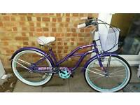 Ladies ex demo city shopper bike. Beautiful colour