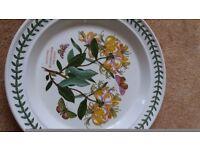 dinner plate Portmeirion Honeysuckle
