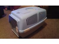 pet carrier suitable for large cat or small dog