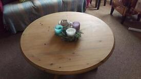 Round oak/pine coffee table