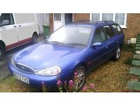 ford mondeo estate petrol long MOT