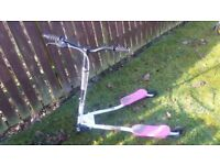 SPORTER - TRI - SWING - SCOOTER - PINK & WHITE