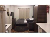 Amazing 1 Bedroom Studio Flat - Close TO Wembley PARK STATION