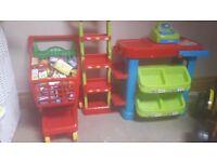 Kids supermarket & trolley.