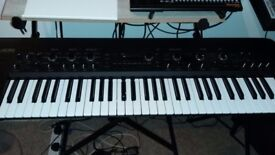 King Korg Synthesizer (Black) - Excellent Condition with original box