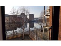 Excellent 3 bedroom riverside apartment, in city centre