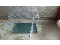 LARGE COLLAPSEABLE DOG CRATE