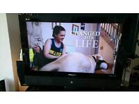 """32"""" LCD TV Hannspree Excellent Condition -"""