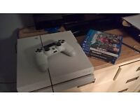 playstation 4 white with control and 5 games