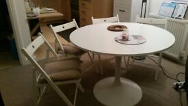 Round Dining table & 4 chairs