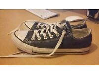 Hardly worn navy converse size 5