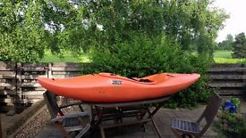 ZET TORO KAYAK - ONLY 3 MONTHS OLD -