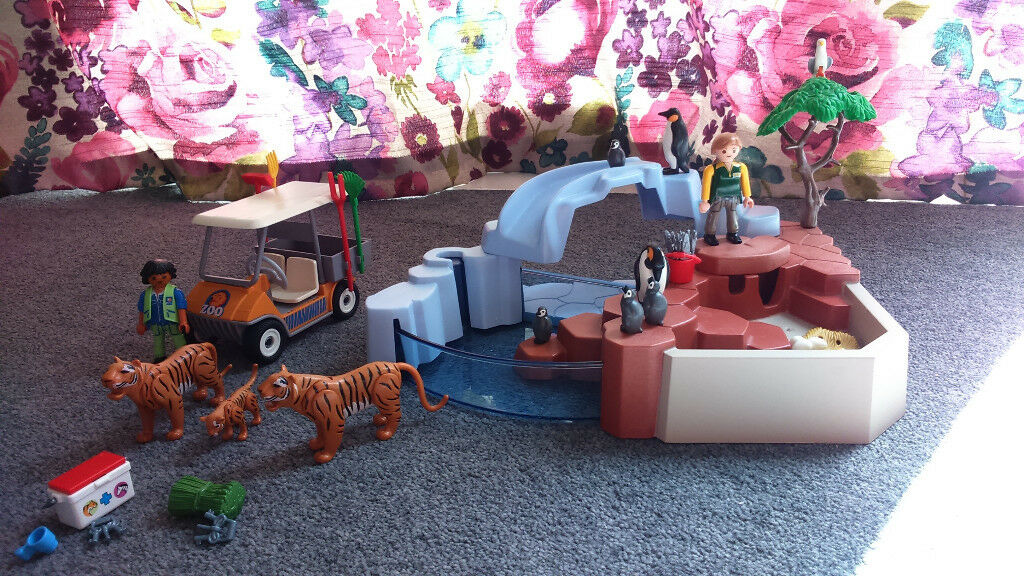 Playmobil 4013 Penguin Habitat, Tiger family and Zoo Kart