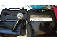 Pair of new cond dynamic vocal mics