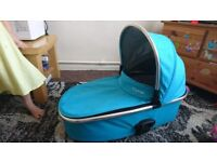 Oyster Max carry cot