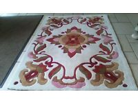 RUG..GREAT CONDITION,PET,SMOKE & CHILD FREE HOME..120X170cm