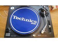 2 x Technics 1210 MK 2