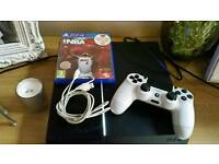 Ps4 500gb with wireless controller and game