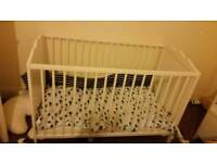 £40 baby cot and mattress in very good condition