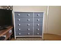 Lovey Chest of drawers