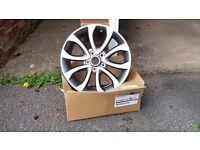 4 Nissan Juke alloy wheels - Brand new