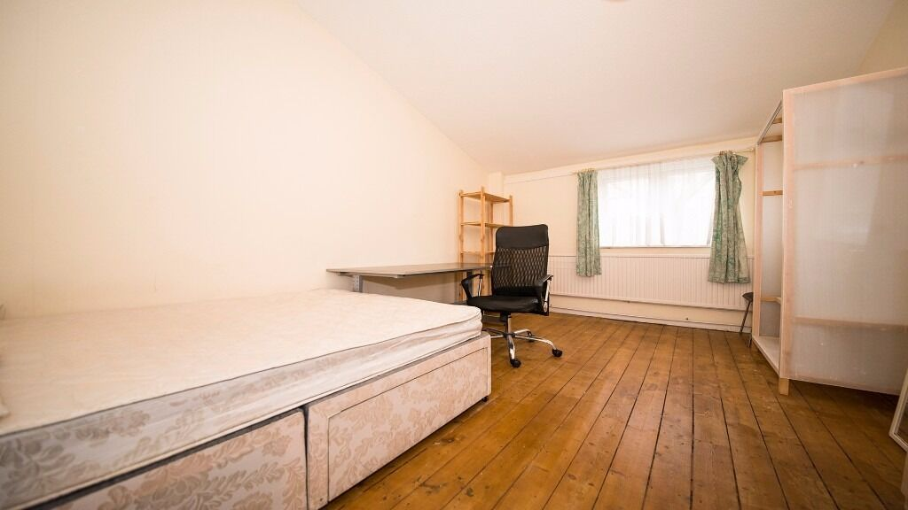 LARGE DOUBLE Room to rent in Holloway, Finsbury Park. INC ALL BILLS!! furnished, N7, North London
