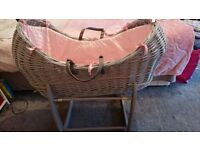 Pink and grey claire de lune noah pod. Excellent condition comes with 2 matress covers.
