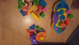 Playskool Clippo building sets. Creativity Table, Hippo set and mixed bundle