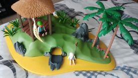 PLAYMOBIL PIRATE DESERT ISLAND