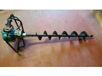 BBA520 Makita Auger with 150 mm Auger bit.