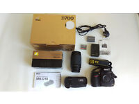 Nikon D700 DSLR (7296 Shutter Count), MB-D10 Battery Grip, Nikon 70-300mm lens & Bag