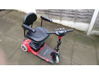 Compact 3 wheel Mobility Scooter - Go-go (Used) Missing basket.