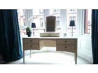 Lovely dressing table with detachable swivel mirror