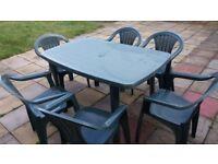 PLASTIC GARDEN SET TABLE & 6 CHAIRS IN DARK GREEN