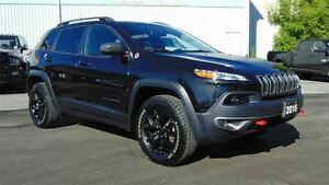 2016 Jeep Cherokee TRAILHAWK 4X4 - EXECUTIVE DEMO