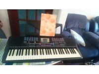 Yamaha PSR-220 Portable Midi Keyboard Electric Piano - Full Size Keys
