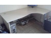 Desk (Large - Right Hand ergonomic)