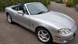 MX5 -SILVER CONVERTIBLE, 2 DR, 1.8, BLACK HEATED LEATHER SEATS, RADIO /CD PLAYER