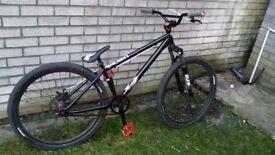"""DMR Wrath Dirt Jump Bike 26"""" Like new"""