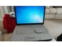 BLACK ACER LAPTOP IN WORKING ORDER 2 BUTTONS MISSING BUT WORK OR IDEAL FOR PARTS