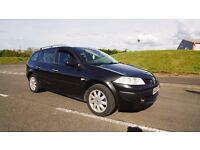 Renault Megane Estate with panoramic sunroof, service history and full years MOT