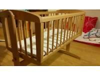 Swinging Crib! Excellent condition!!
