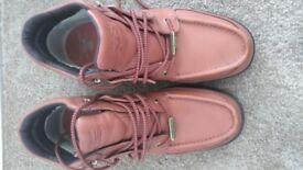 Rockport Boots size 9 Brand New