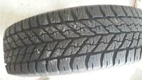 2 winter tires 225/65r16
