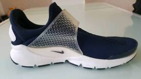 Nike sock dart sp fragment UK 8