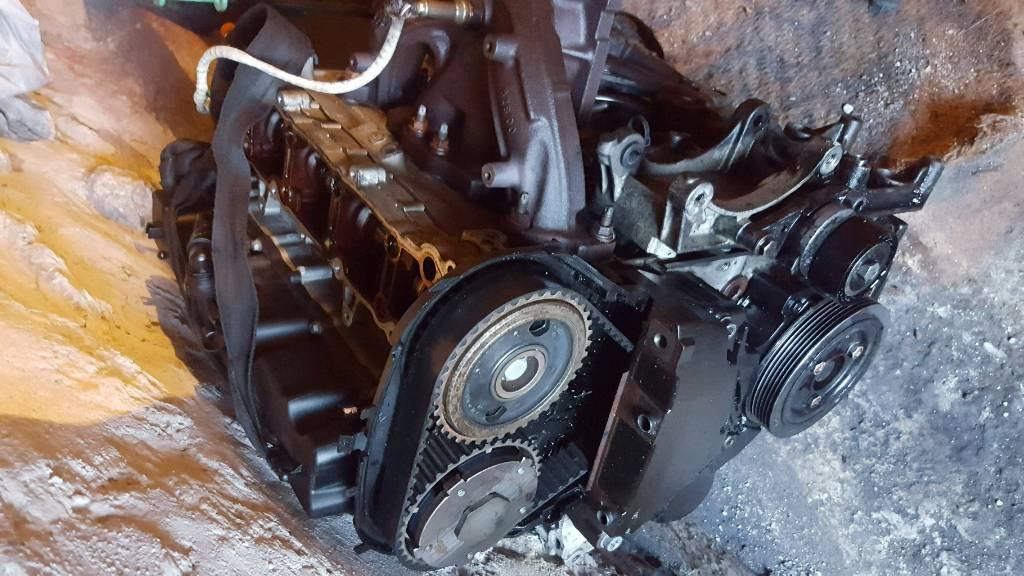 Peugeot 207 1 4 engine