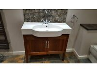 Bath, Sink, Unit and mirror (with taps)